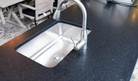 bbq-granite-countertop4