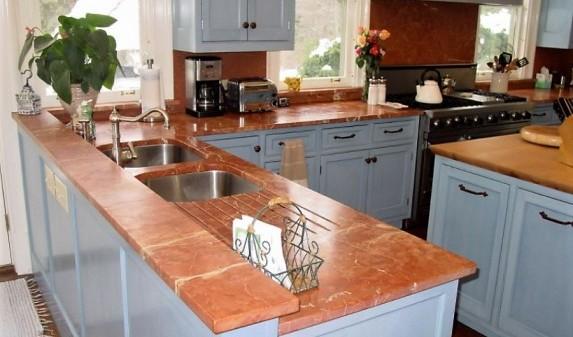 Кухонная столешница из красного мрамора